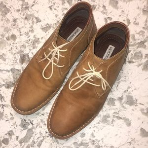 Steve Madden men's leather lace up ankle boot. 11